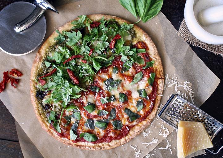 Domáca pizza svôňou bazalky a chuťou čerstvých paradajok
